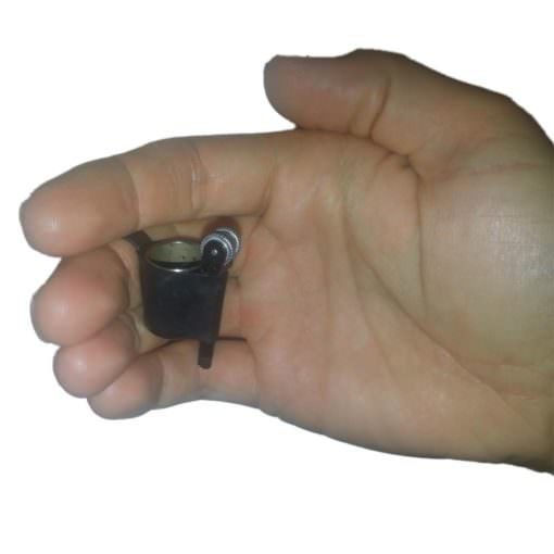 Finger Flasher Trick Hidden in Hand